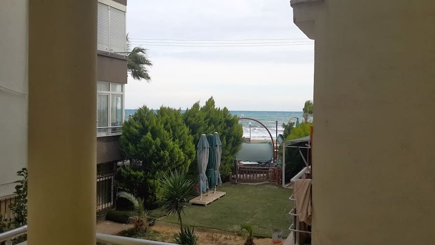 Sahilde denize sıfır seaside - Mersin - Apartamento