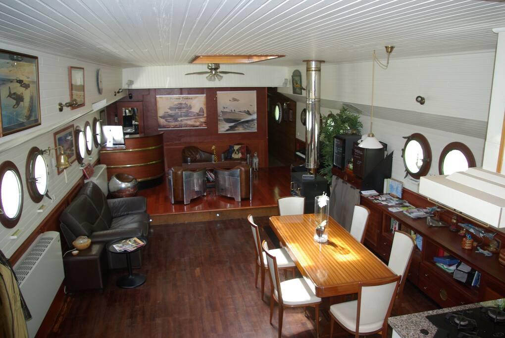 Grand espace commun de 70 m2