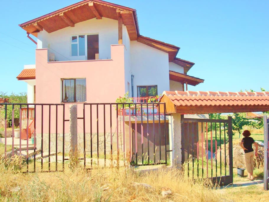 3 Floor Villa in spa village Mineralni Bani, Haskovo, Bulgaria