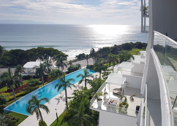 Beachfront Apartment BOLONGO Punta de Mita