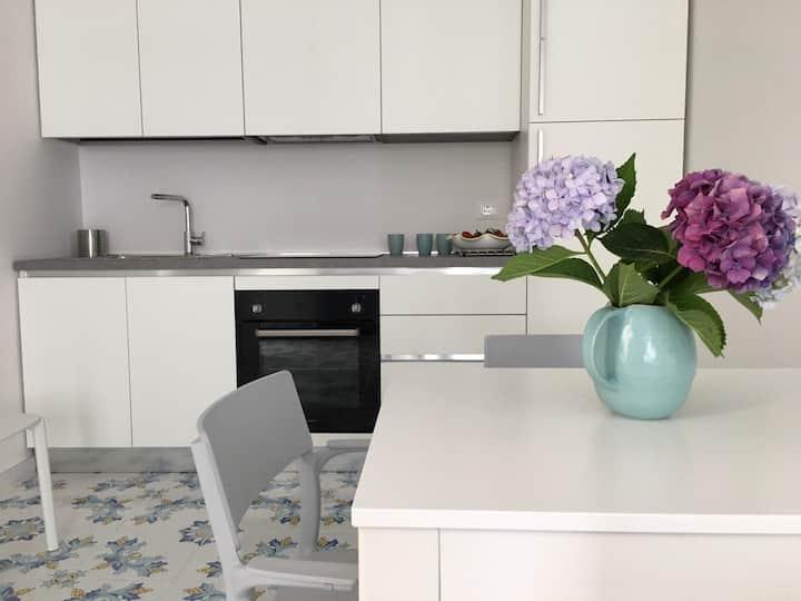 Flora - Lacco Ameno New Ceramic Apartment