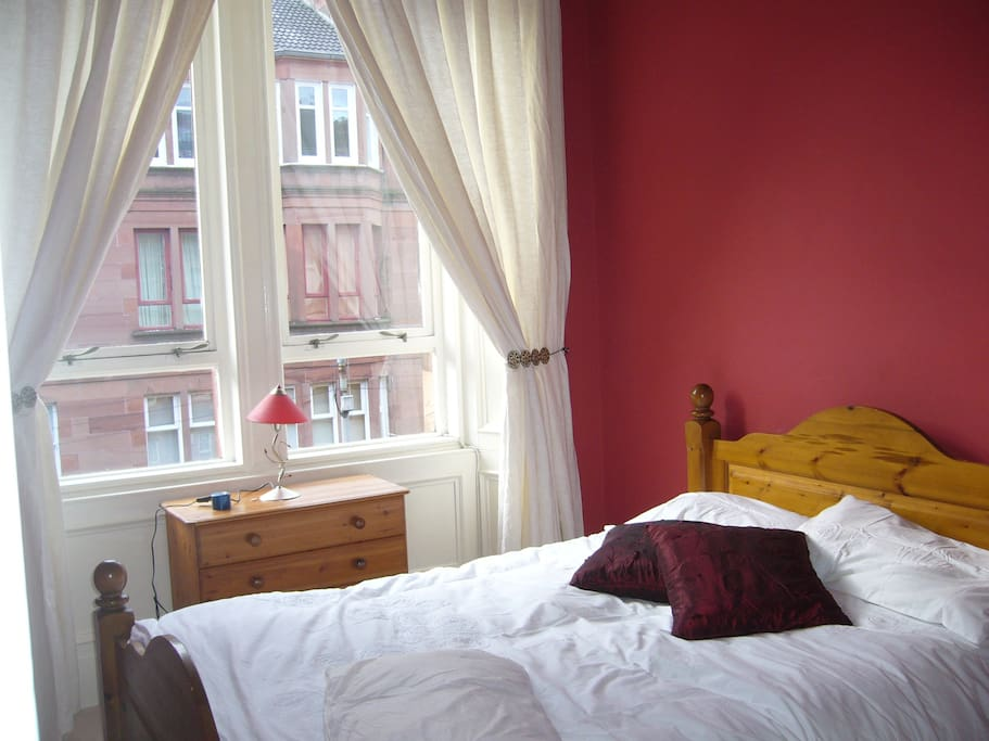 nice clean comfortable double bedroom all bedding provided