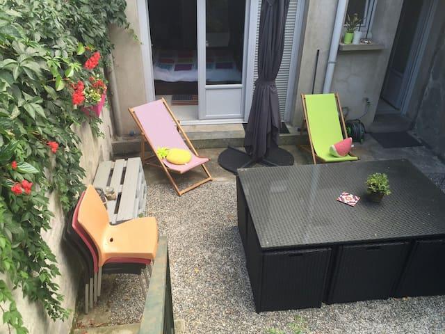 Appartement avec extérieur en cœur de village. - Toulouse - Apartment