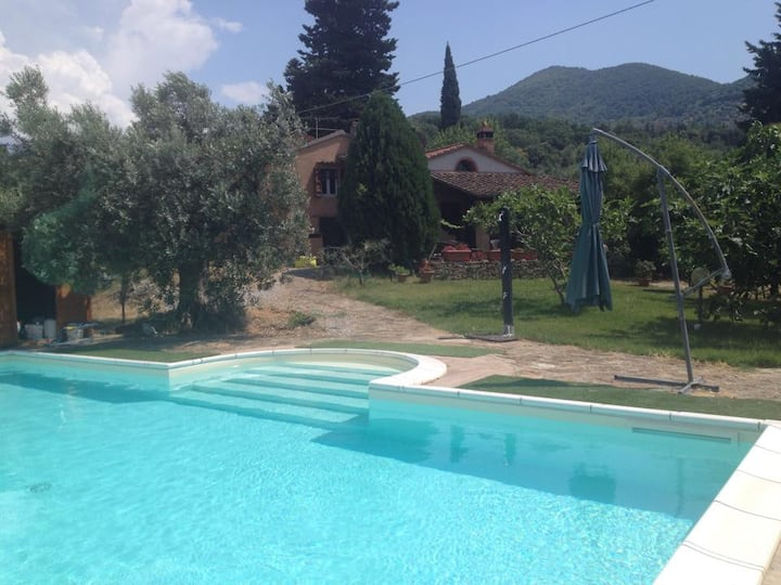 tuscany, house with swimming pool
