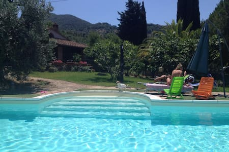 tuscany, house with swimming pool - Scarlino - วิลล่า