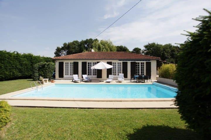 Villa La Rossaire - Saint-Georges-des-Coteaux - Villa