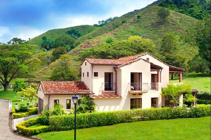 Villa Siena - Herradura