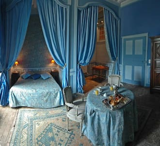 Romantic Room in the Chateau - Gizeux