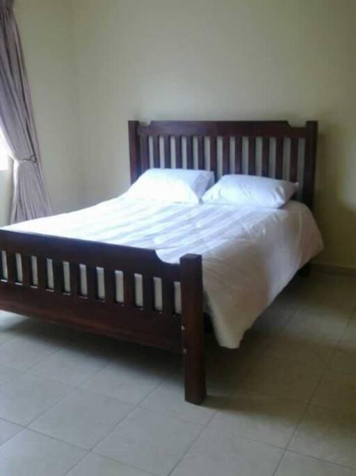 3 bed 2 bath super clean houses