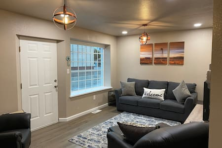Newly remodeled 1st floor apt in historic building