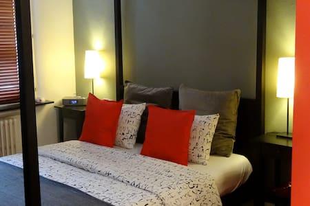 B&B Welcome to my place -  2 - Saint-Josse-ten-Noode - Bed & Breakfast