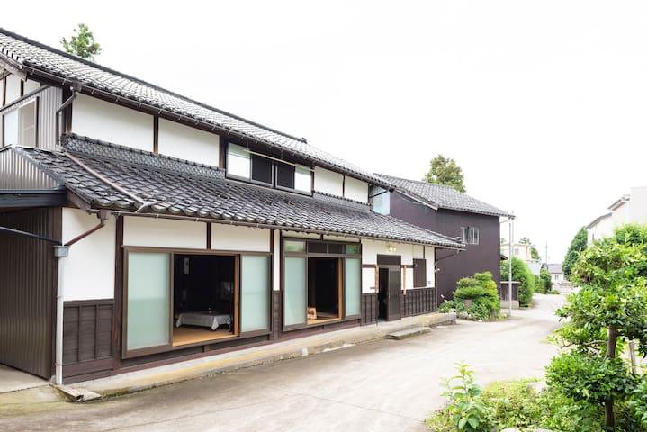 Folk styled guest house stay in Tonami