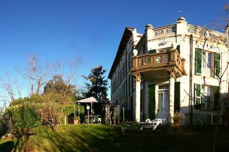 Villa padronale colline Oltrepo, PV - Montù Beccaria - Villa