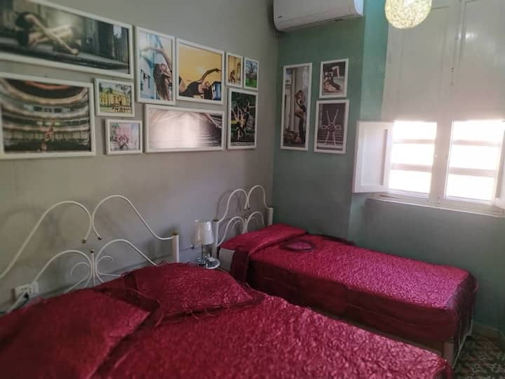 Hostal Jover 104 (Habitación Triple)