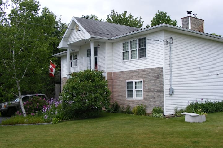PENDOLA  - Porters Lake - House