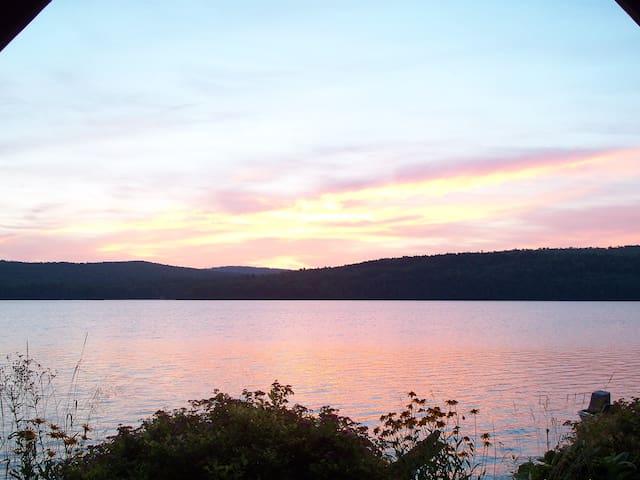Lake Front Get-Away