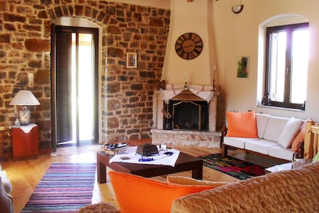 A Peacefull Cottage In Arkadia!!! - Σαρακίνι - Haus
