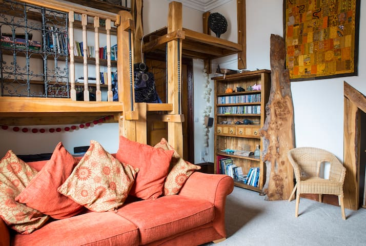 Lake District - Spacious 3 Bed Home - Pets welcome