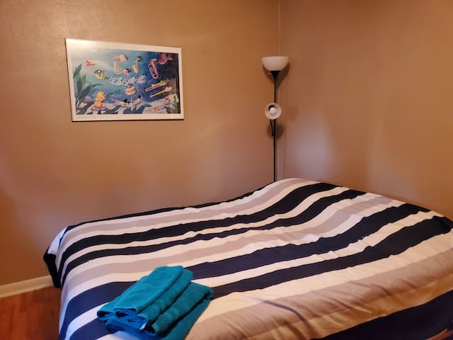 Simple One Bedroom---Making your Stay Affordable!
