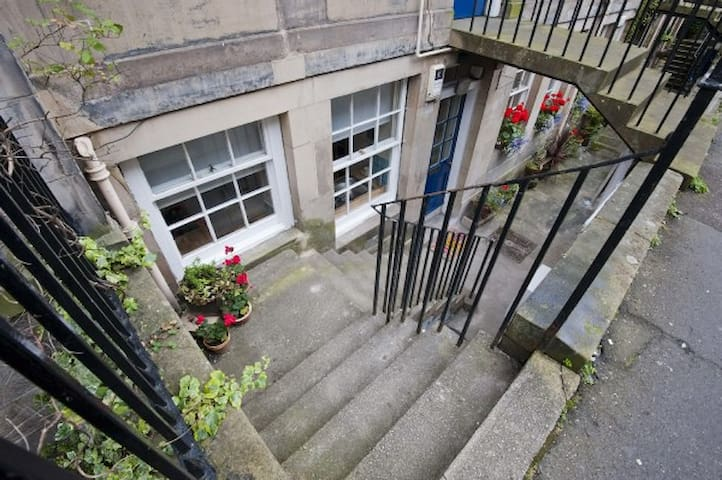 Situated on StStephen St in heart of Stockbridge-voted best place to live in Scotland!