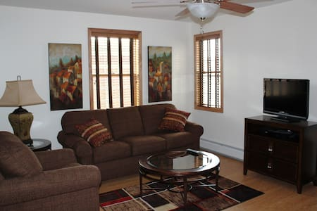 Executive Stay Apt 2B, Downtown Norwich - Norwich