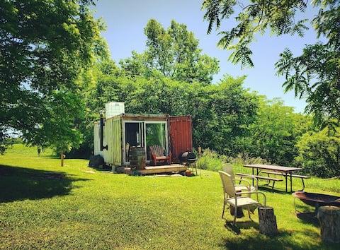 Rustic Container Cabin near Ark & Bourbon Trail