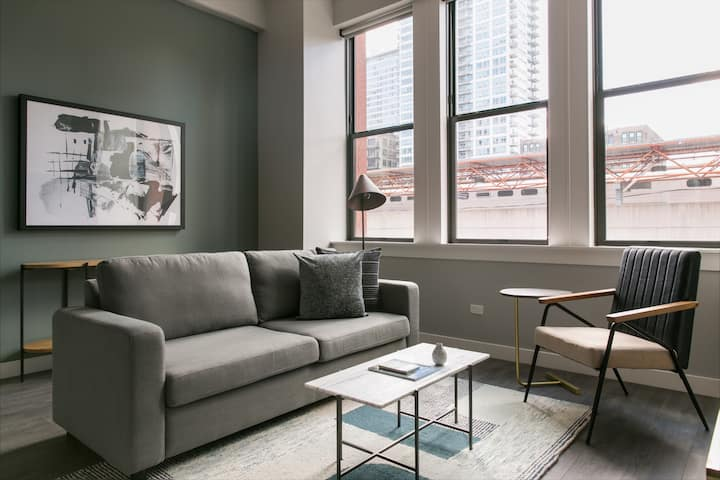 Sonder | Library Lofts | Chic 1BR + Fitness Center