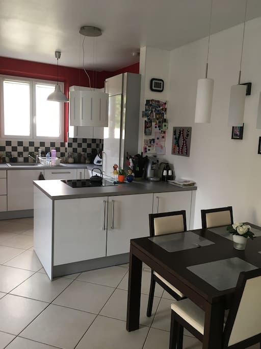Maison en pierre proche de l 39 h pital houses for rent in reims grand est france - Maison jardin morgan city reims ...