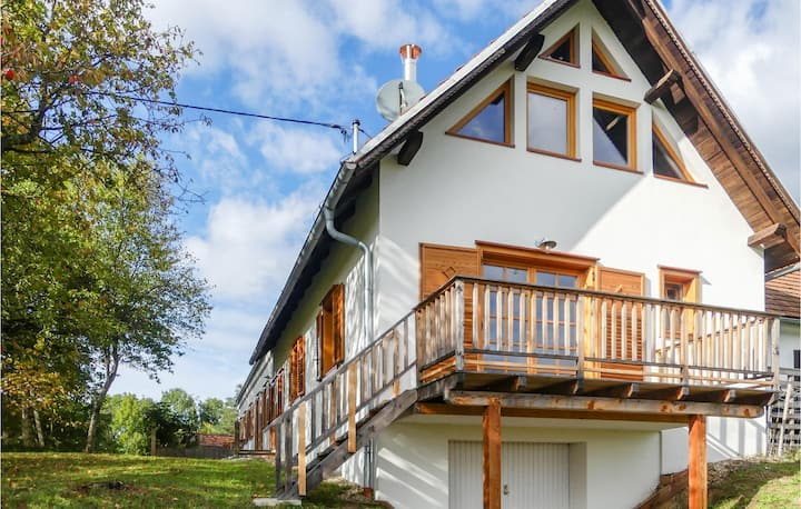 Holiday apartment with 1 bedroom on 51m² in Limbach