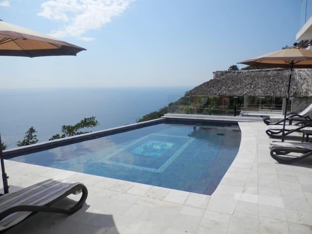 HERMOSA VILLA DIAMANTE ACAPULCO - Acapulco - Villa
