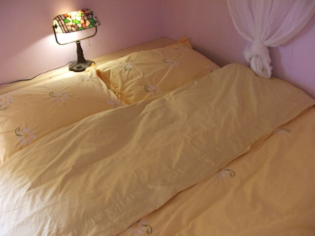 Eco double bed