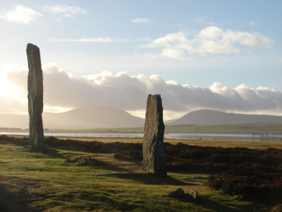 The beautiful scenery, archaeology and wildlife of Orkney are easily accessible from the house by car, bus, bicycle or on foot.