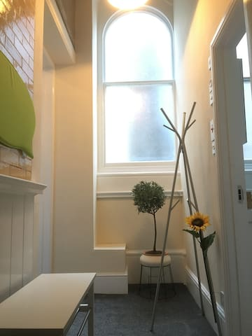 Cosy room 2 in elegant charming central apartment - Bristol - Byt