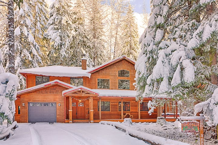 Elk About Lodge - Enumclaw - Villa