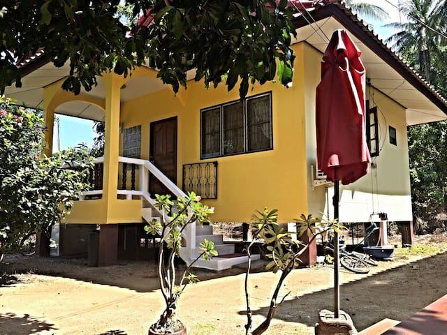 """Mango 1 "" near beach ""Cristal Bay"" (private)"
