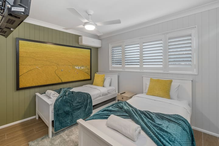 Unwind for a great night sleep in the second bedroom.