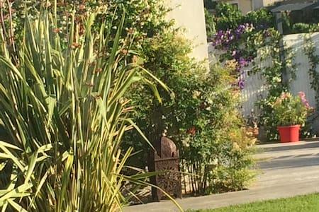 Au cœur d'un village languedocien - Villa