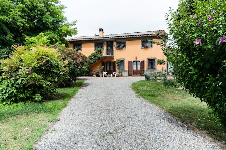 Tuscan farmhouse with swimming pool - Nonna