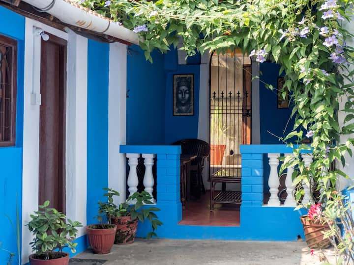 Cozy Cottage in Panjim