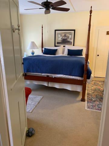 Middlebury Suite @ The Waybury Inn