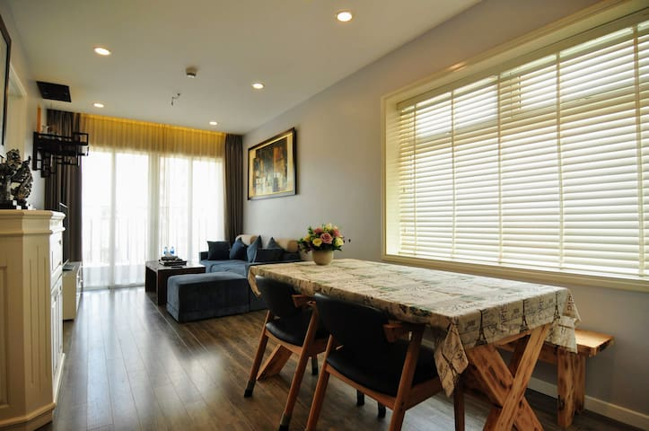 1IHBGB1610 - Sky-view and Comfy 2BR Apartment