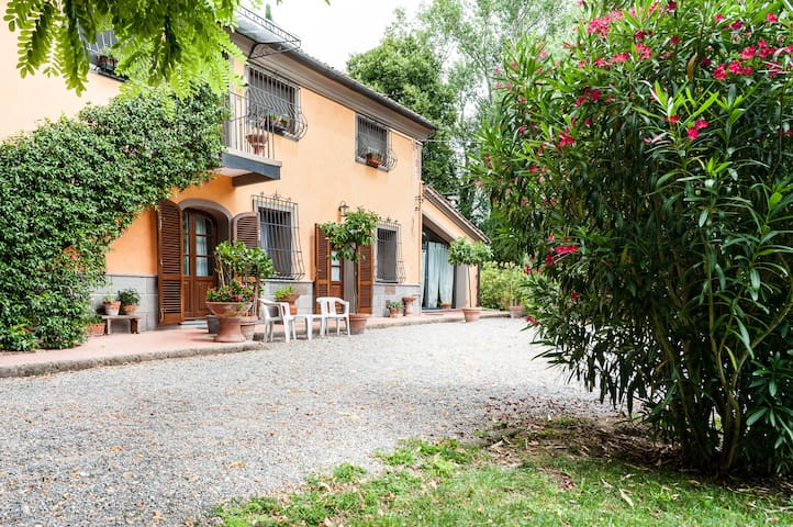 Il Poggetto country house - Portico - Crespina - Apartment