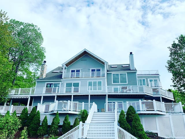 Gorgeous 10 Bedroom at Sunday River