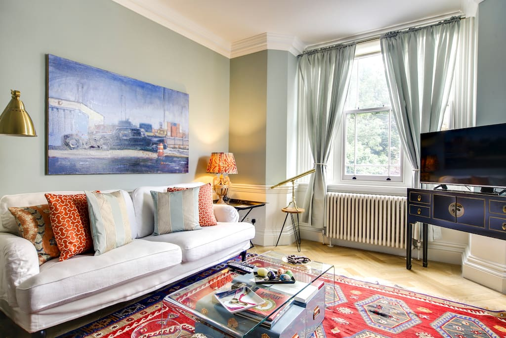 This room is the perfect balance between sophisticated and welcoming.