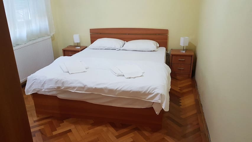 Apartament Sandy - Arad  - Pis