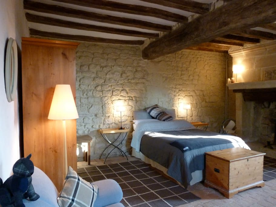 b b saumur vineyards loire valley chambres d 39 h tes louer saumur pays de la loire france. Black Bedroom Furniture Sets. Home Design Ideas