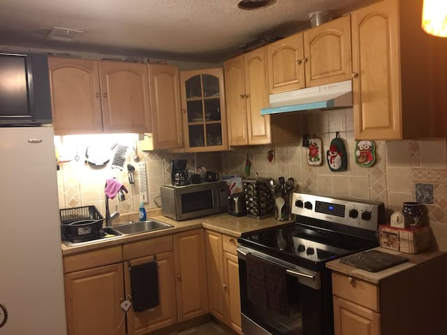 HOUSE 4RENT GOOD PRICE!!! $98 - Jonesboro - Casa