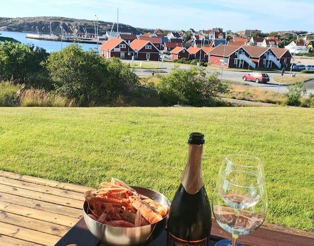 Lägenhet med havsutsikt nära Smögen/Kungshamn
