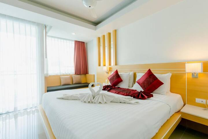 Smart Double Room Short Walk From Patong Beach