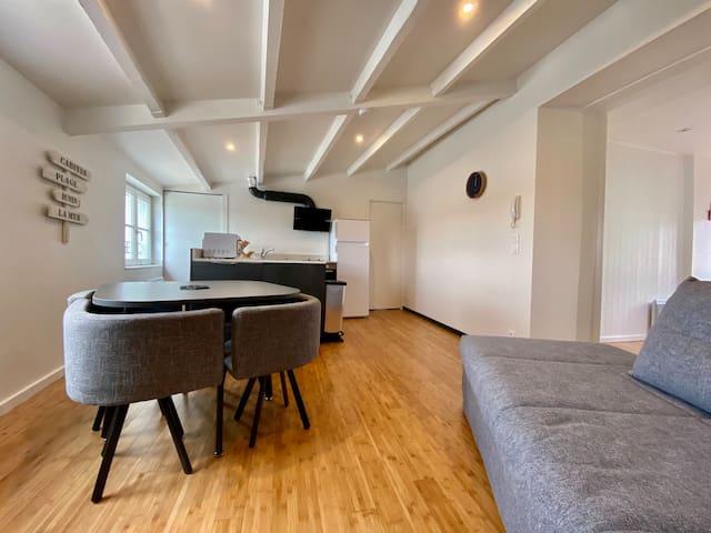 Appartement cosy avec vue sur mer et port